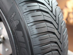 Pneu Pirelli 4 Saisons : 5 pneus voiture de marque prix imbattable en avril 2019 ~ Farleysfitness.com Idées de Décoration