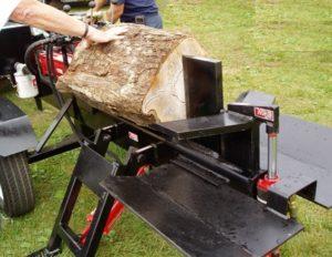 92c1dc5c4a44ec En dehors de l énergie, vous devez aussi choisir entre une fendeuse à bois  verticale et horizontale. La première a comme avantage de disposer d un  guide ...