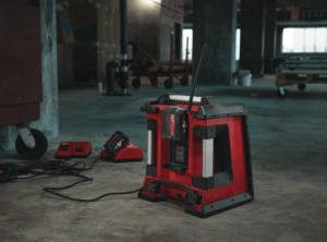 radio de chantier rouge