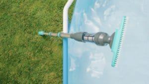 balais de piscine simple