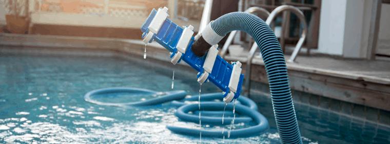 balais de piscine