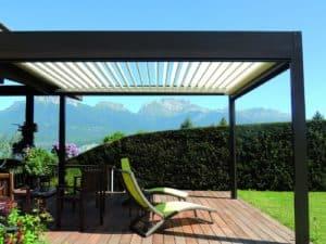 pergola bioclimatique à la terrace